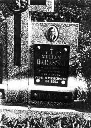 Hoczew. Mogiła Stefana Barańskiego mieszkańca tej wsi zamordowanego przez ludobójców z OUN-UPA 12.01.1945 r.