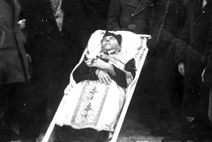 Markowa. Ks. Mikołaj Ferenc zamordowany dnia 14.01.1944 r. wraz zparafianami (około 40 osób) przez ludobójców zOUN-UPA.